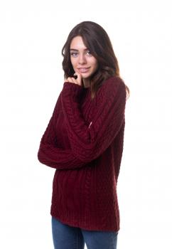 Объемный свитер с косами